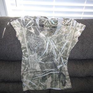 Women's White & Cream T-Shirt W/ Rhinestone Accent